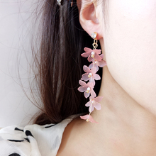 Fashion Trendy earrings flowers stud for women Vintage creative temperament contracted woman fine jewelry