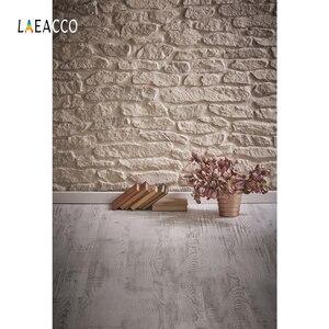 Image 3 - Laeacco Vintage muro di mattoni pavimento in legno libri fiori Grunge ritratto di bambino fondali fotografia sfondi fotografici photzone