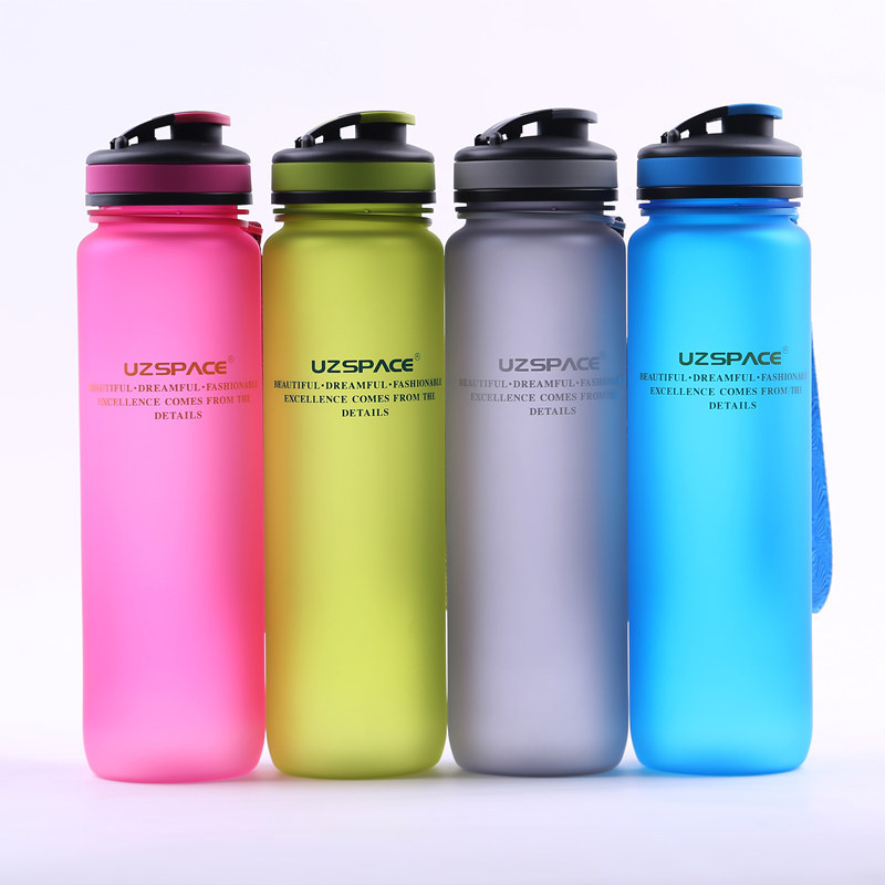 Tritan(BPA Free) Fashion Water Bottles 550ml-1000ml Scrub Portable Space Cup Resistant Sports Nutrition Custom My Shaker Bottle