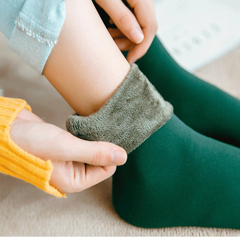 Winter Warmer Women Thicken Thermal Wool Cashmere Snow Socks Seamless Velvet Boots Floor Sleeping Socks For Fashion Women