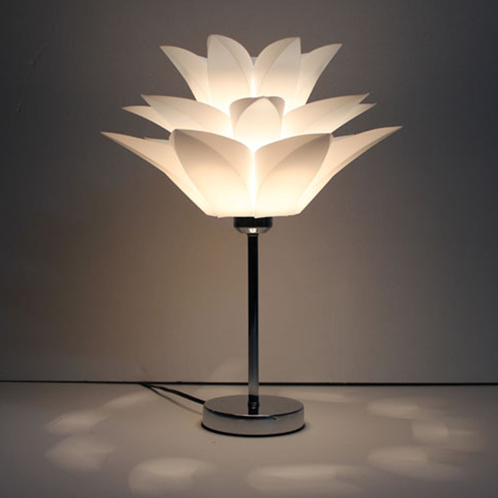 Romantic Lotus Desk Lamp Modern Concise Originality Desk Lamp Bedroom Bedside Dimming table lamp Personality Decorative Light