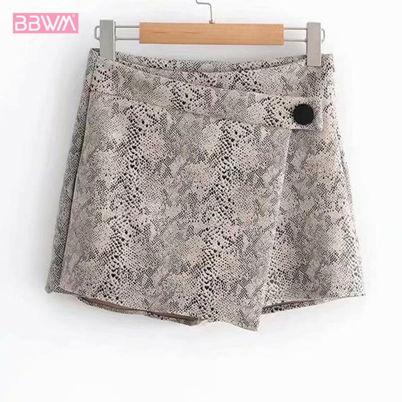 Women's Animal Print Snakeskin Pattern Shorts 2019 Summer New Women's Shorts  Sexy Mini Personality Casual Shorts