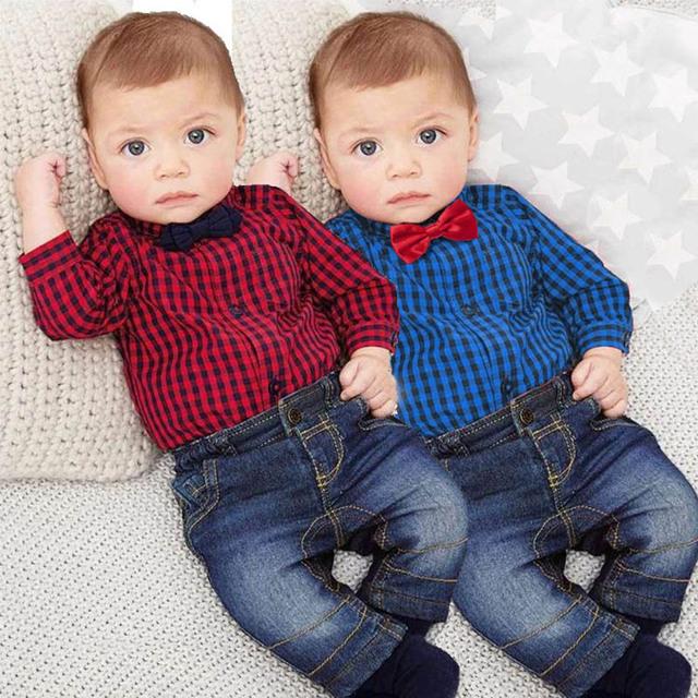 Conjunto de Los bebés Ropa de Algodón A Cuadros Mamelucos Con Bowtie + Demin Pantalones Moda caballero Del Bebé Ropa Ropa de Bebé Recién Nacido