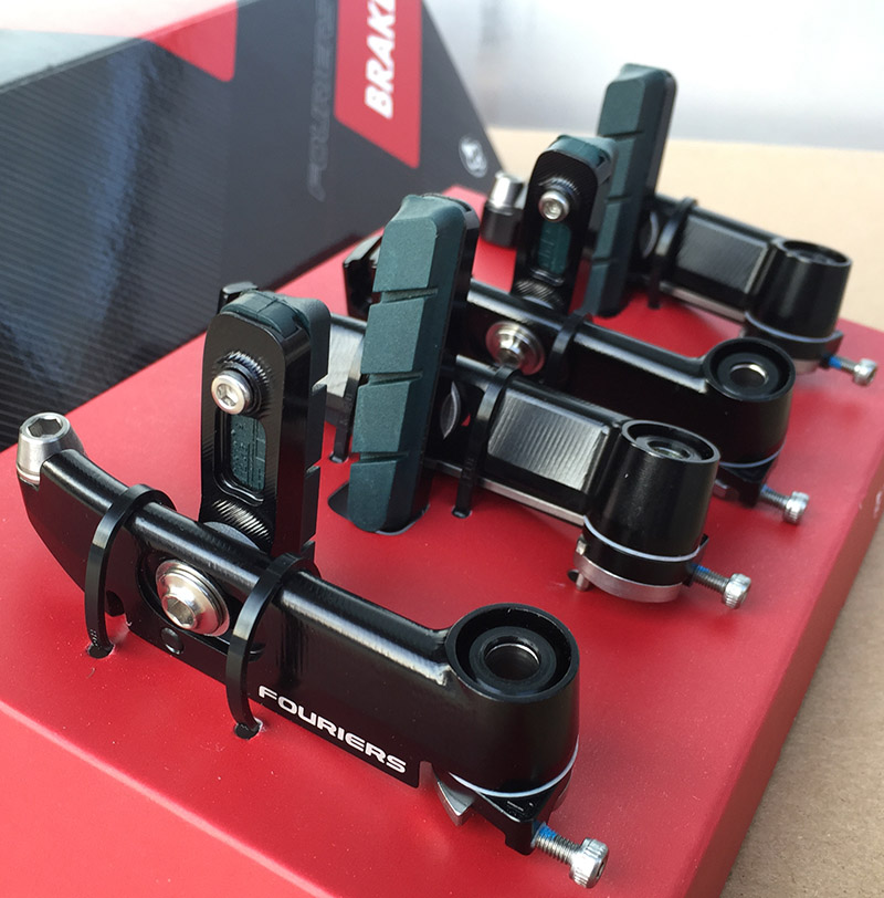 1 Set Fouriers vélo de route vélo forgé Propel montage Direct Aero V frein avant + arrière pour géant Propel noir
