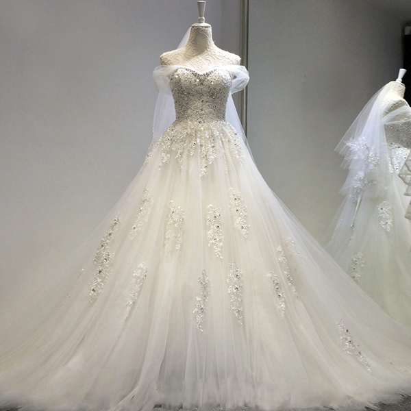 Elegant Crystal Beading Tulle Ball Gown Wedding Dresses 2019 Off The Shoulder Lace Appliqued Princess Wedding Dress