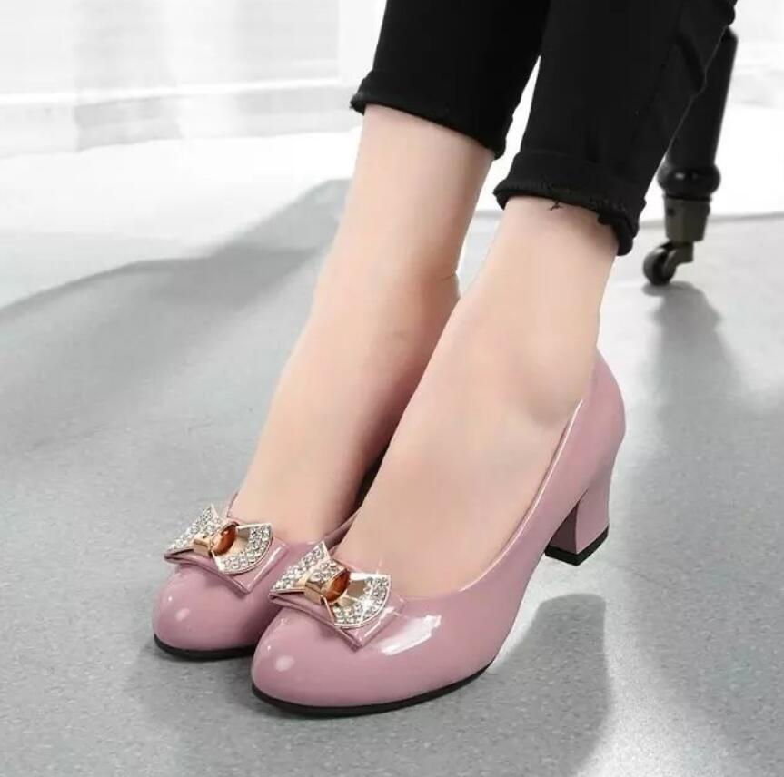 Hot 2018 Women Pumps Block Thick High Heels wedding Shoes ladies Bowtie  Pink Working shoe Woman zapatos mujer dames schoenen-in Women s Pumps from  Shoes on ... 871faf407927