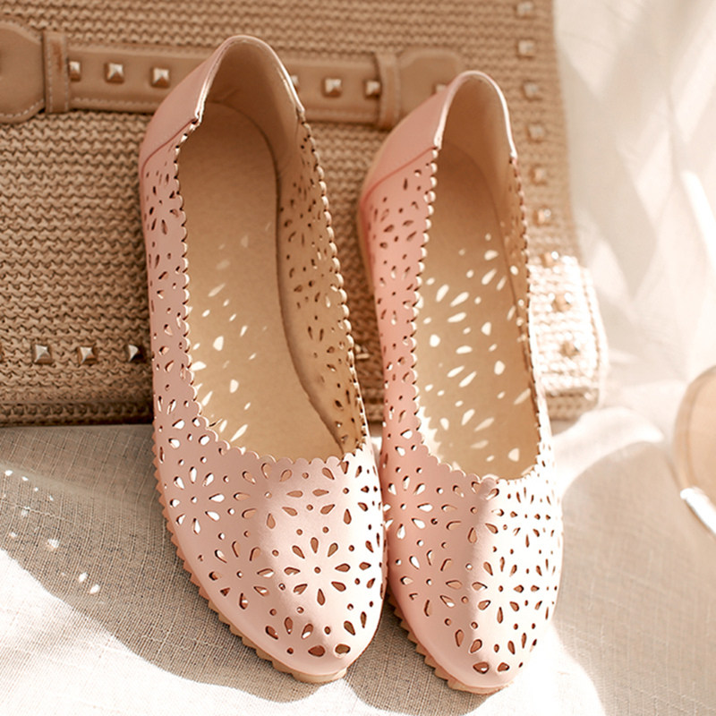 Big Size43 Fashion Pointed Toe leather Flats Women Summer Casual Shoes Zapatos Mujer Designer Flats perforation