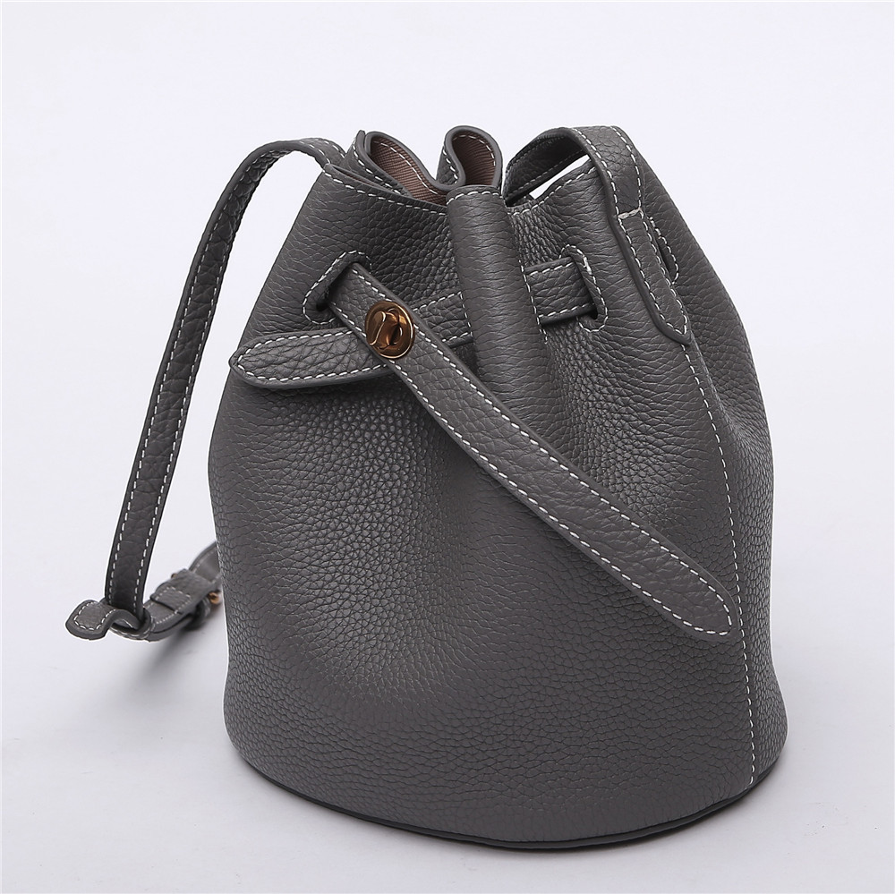 New Arrival Vintage Style Women Bag Fashion Design Women Bucket Genuine Leather Small Crossbody Bag Famous