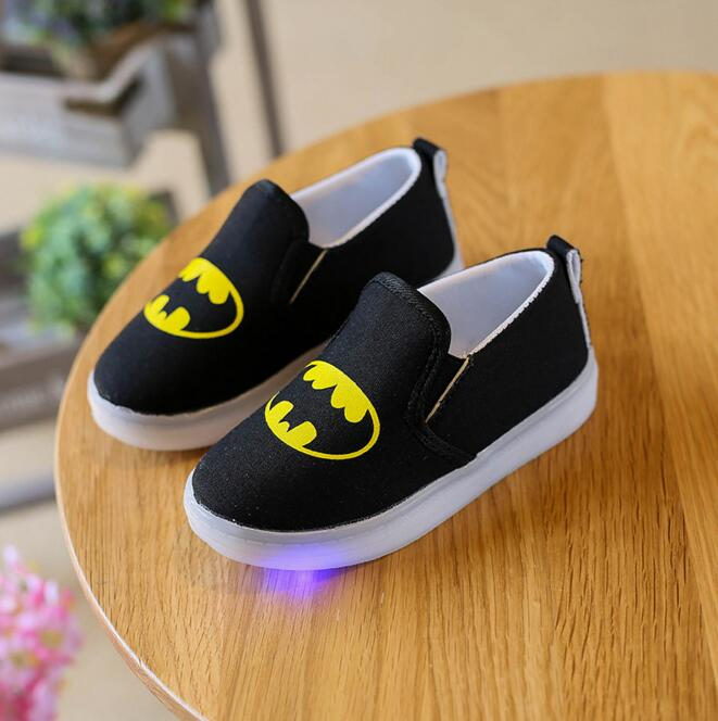 Children Shoes New Spring Autumn Canvas Spiderman Flasher Fashion Sports Sneakers For Kids Sport Brand Light Boys Shoes Led