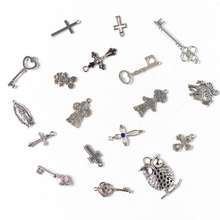 10 pcs Fashion Design  Silver color Zinc alloy cross key Pendant Jewelry accessories For Women