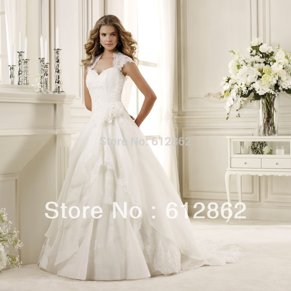 2017 Cap Sleeve Ball Gown Beaded Lace Wedding Dresses With Keyhole ...
