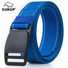 CUKUP 2018 New Design Unisex No Metal Plastic Steel POM Buckle Belt Quality Canvas Elastic Belts Leisure for Men Colours CBCK121