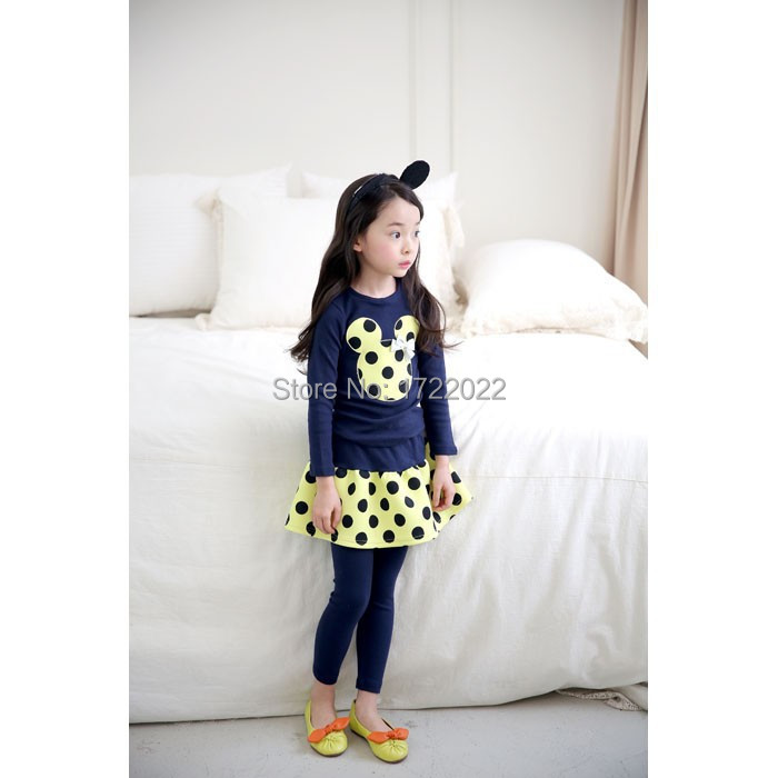 Spring and autumn of 2015 the New baby girl 2 PC sets dress Coat + skirt suit Minnie mouse children baby dresses 2017 new elecom 2 4g mini mouse vwith charging for home office general balls the mouse girl