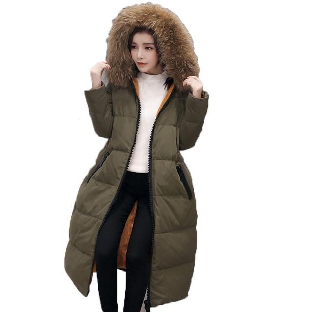 Nova jaqueta de inverno 2016 da forma das mulheres soltas com capuz gola de pele verdadeira pato branco para baixo mulher casaco de médio longo exército verde parkas mujer