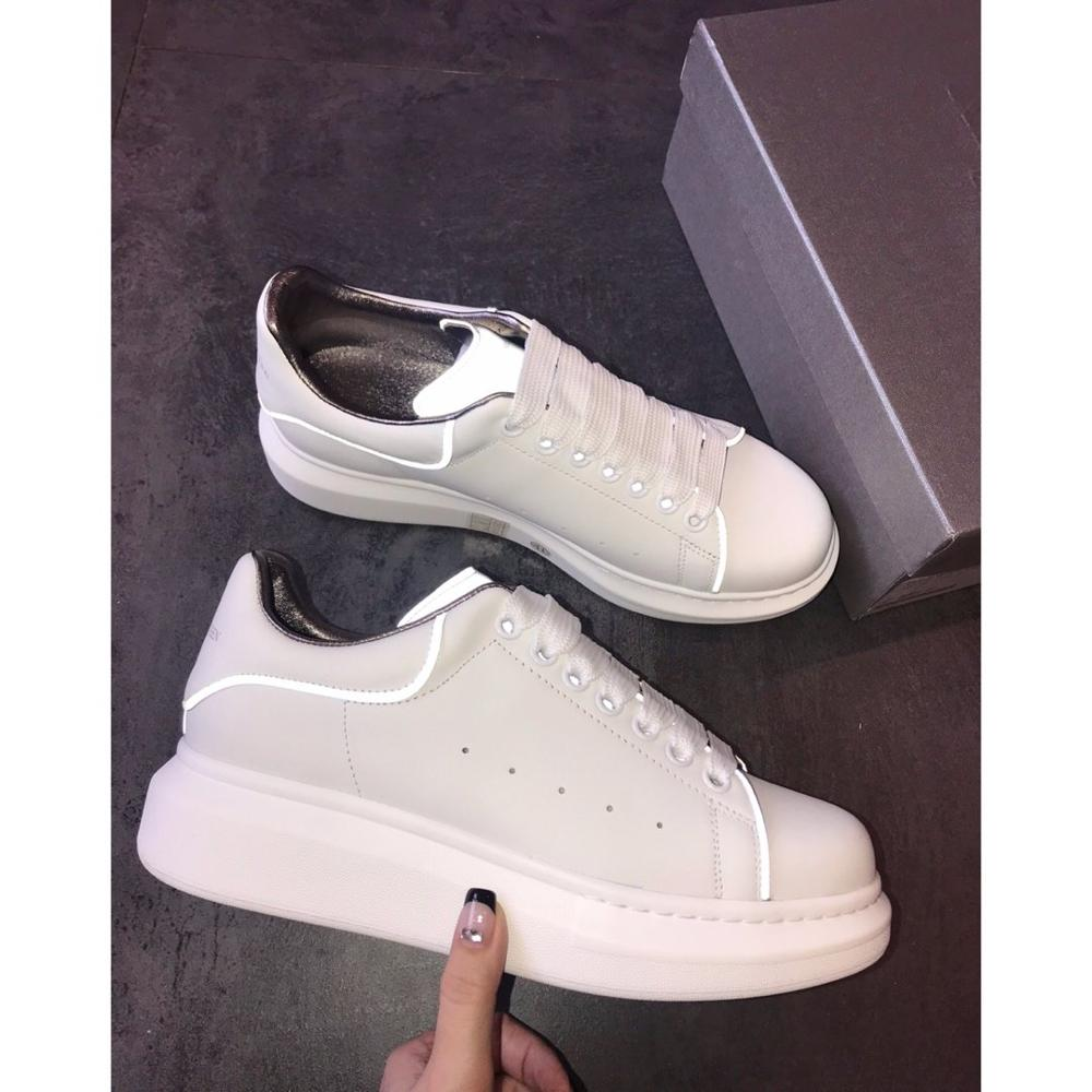 Glitter Siver Gold Back Extended Sole Sneakers Chunky White Leather Lace Up Casual Shoes Round Toe Street Style Women ShoesGlitter Siver Gold Back Extended Sole Sneakers Chunky White Leather Lace Up Casual Shoes Round Toe Street Style Women Shoes
