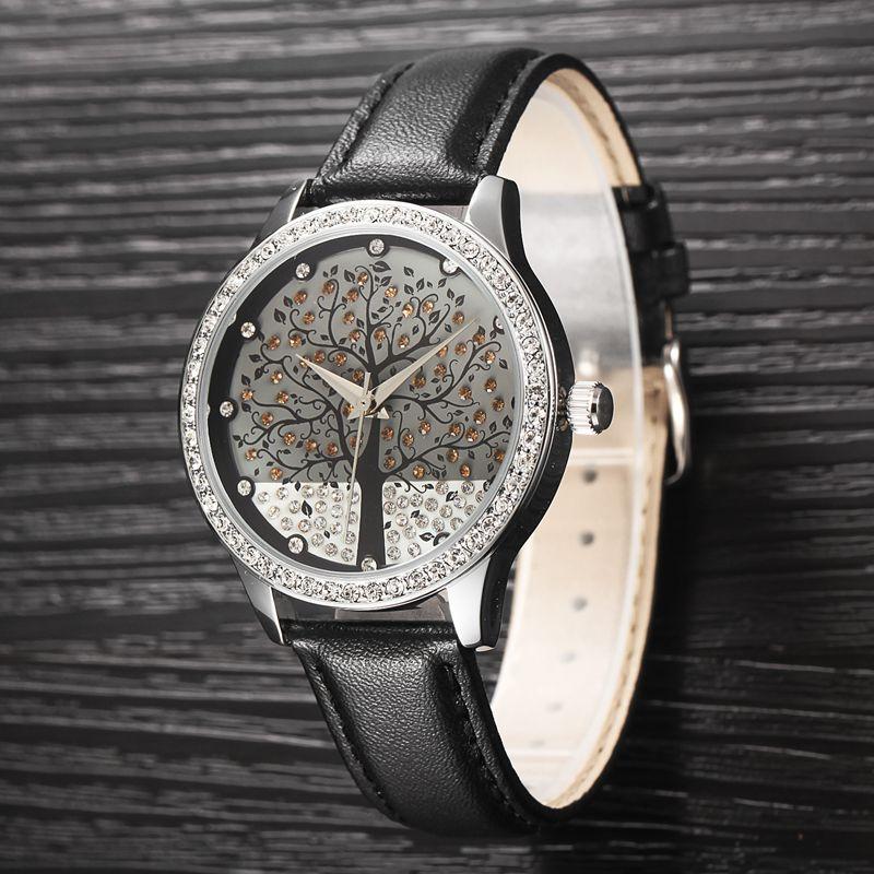 Prix pour Femme De Mode WatchFashion Marque Horloge En Cuir Véritable Montre Imitation Diamant Montre Arbre Conception Casual Femmes Robe montre
