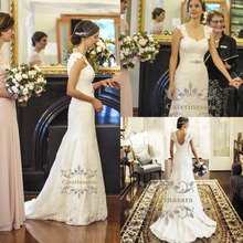 Mermaid / Trumpet Square Neck Lace Wedding Dresses Court Train Bride Gowns with Buttons Fit and Flare Skirt