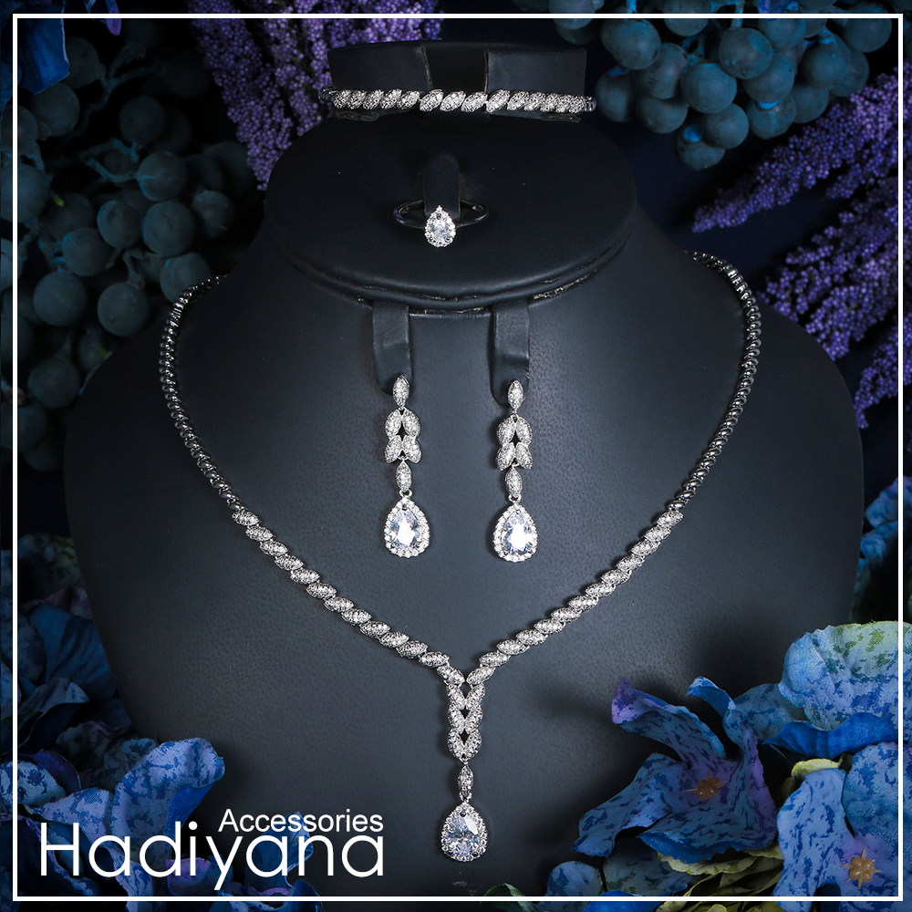Hadiyana tout nouveau Style de luxe cubique Zircon cristal 4 pièces ensemble collier chaud bijoux ensembles de mariée pour les femmes de mariage argent CN172
