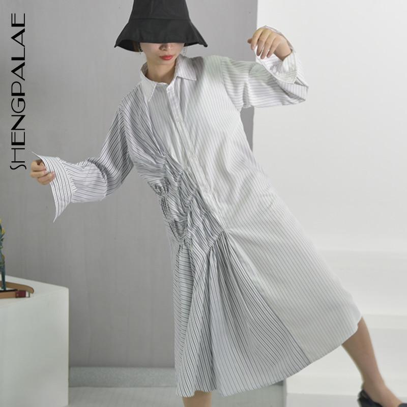 SHENGPALAE 2019 nouveau printemps mode marée blanc rayé col rabattu simple boutonnage à manches longues plissé femme robe WA388