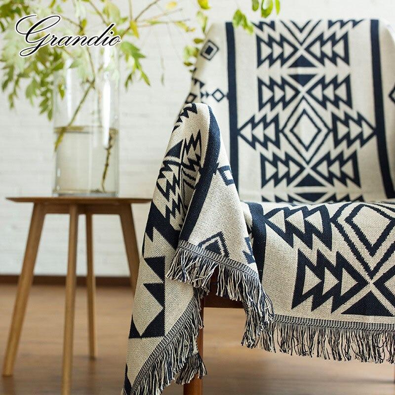 Couverture géométrique en coton avec pompon pour adultes 130x180 cm épaissir utilisation polyvalente au crochet housse de canapé tapis de sol tapis de pique-nique