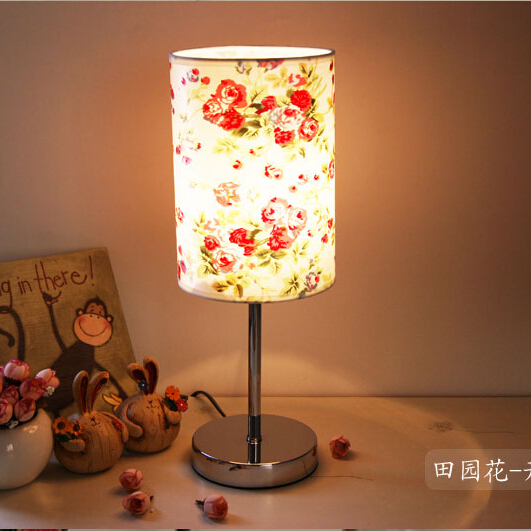 On Sale Fashion Fabric Table Lamp Bedroom Lamp Modern Warm