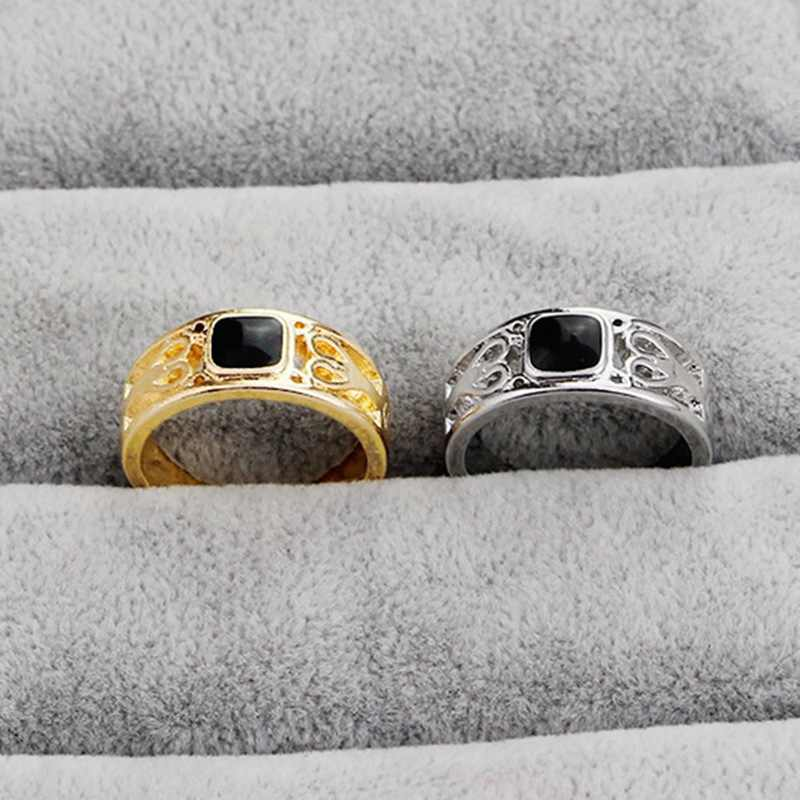 High Quality Antique Drop oil Alloy Men Ring Chritams New Ring Black Square Enamel Rings Fine Jewelry Simple Personality