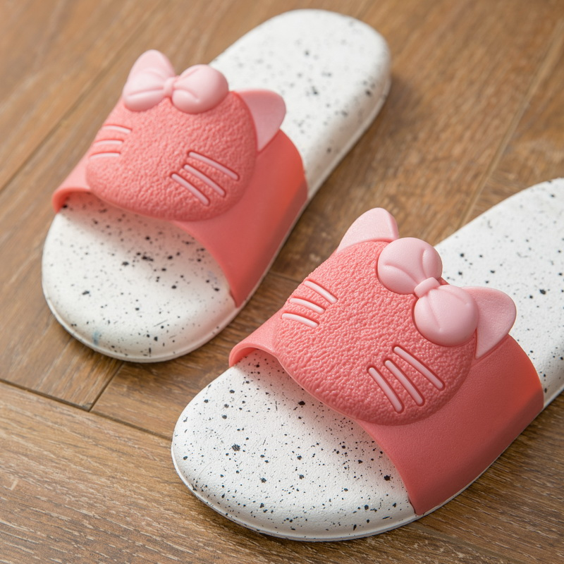 2019 TZLDN Summer New Hello Kitty Cute Home Slippers Soft PVC Women Slippers Non-slip Indoor/Beach slippers 5