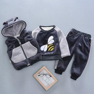 Image 4 - 2020 zima 3 sztuk dzieci pogrubienie kamizelka z kapturem sweter Pant dresy sportowe dla chłopców i dziewcząt ciepłe kreskówki strój dzieci odzież
