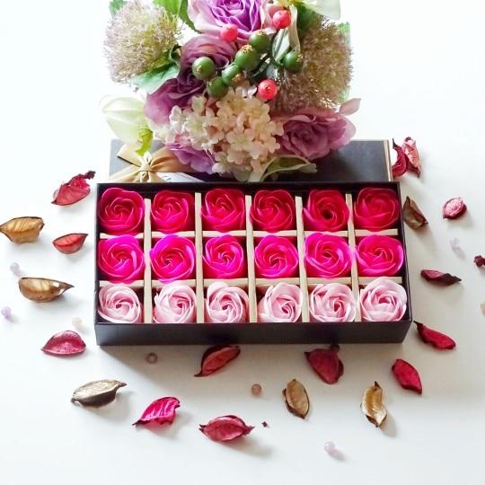 18Pcs Creative Gradient Simulation Rose Soap Flower Rose