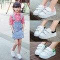 2016 inverno Primavera para Crianças Pequenas Sapatas de Lona Para Sapatas de Lona Do Bebê Dos Miúdos Meninas Sneakers Planas Baixos sapatos Casuais Alunos Da Escola Sapatos