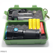 2017 New Led Flashlight 30000 Lumens 12x CREE XM-L T6 LED Flashlight Water-Resistant & Super Bright Torch Flash light