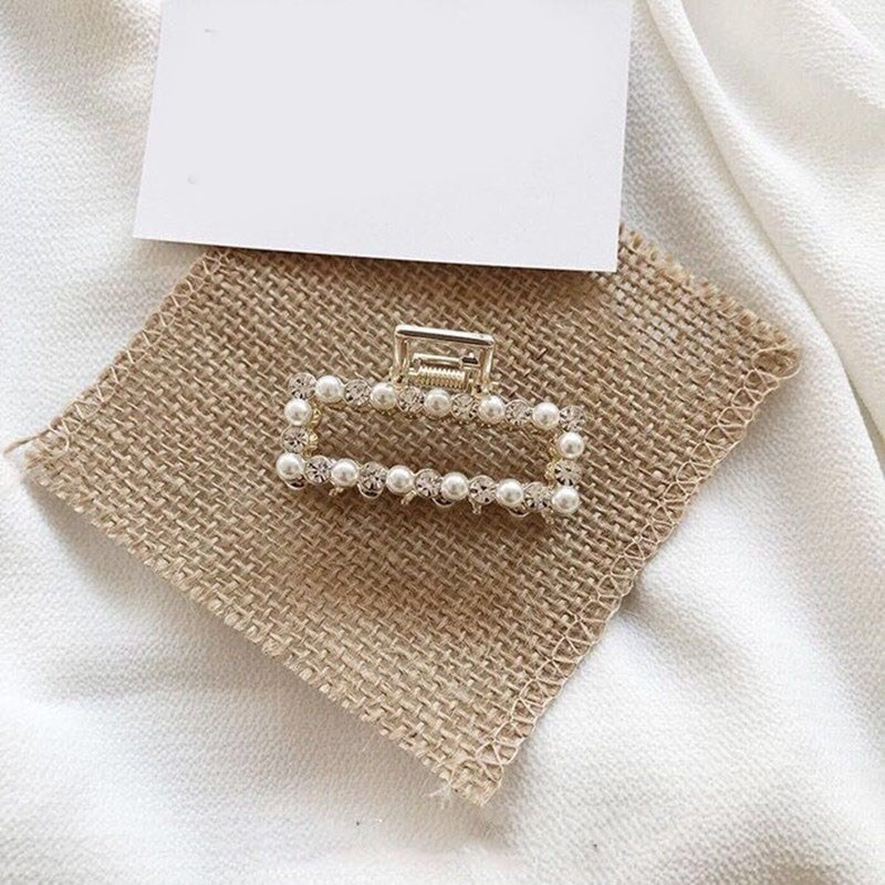 New Arrival Hot Sale 2019 Fashion Women Rhinestone Claw Clips Hair Korean Faxu Pearl Claws Hairpin Hair Clip Accessories(China)