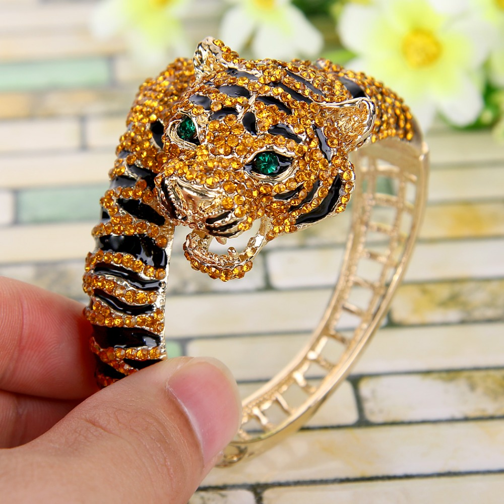 Bella Fashion Brown Enamel Tiger Rhinestone Bangle Austrian Crystal Animal Bangle Bracelet Cuff For Women Party Jewelry Gift bella fashion lovely crown frog animal party ring green enamel open ring gold tone for women girl party daily jewelry gift