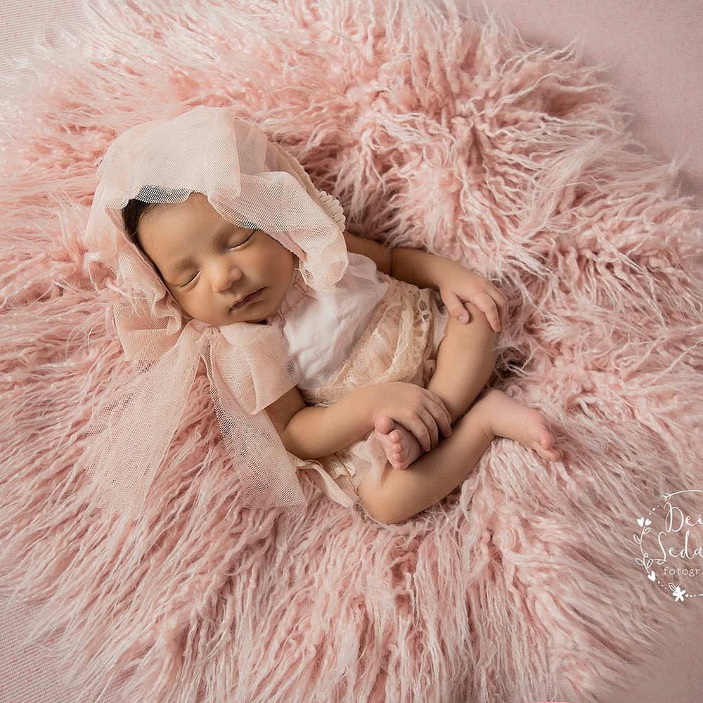 D J Newborn Photography Props Soft Baby Fur Blankets Faux Fur Background Blankets Cute Infant Kids Fotografia De Baby Fotografia in Receiving Blankets from Mother Kids