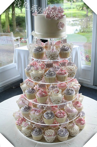HOT selling!!Free shipping Perfect 6 Tier Circle Acrylic Cupcake ...