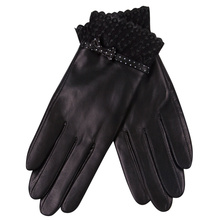 Ladies Autumn Winter Leather Gloves Winter Driving Thickening Plus Velvet Elegant Bow Sheepskin Gloves Touch Screen L18009NC-5 гуржий александр николаевич солоноватоводный аквариум цвет