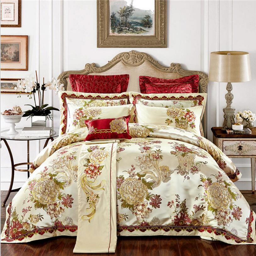 Dedicated 4/6pcs Gold Jacquard Bedding Sets Luxury Sanit Bedclothes Bed Set King Queen Size Embroidered Duvet Cover Bedlinen Pillowcases Comfortable And Easy To Wear Entertainment Memorabilia