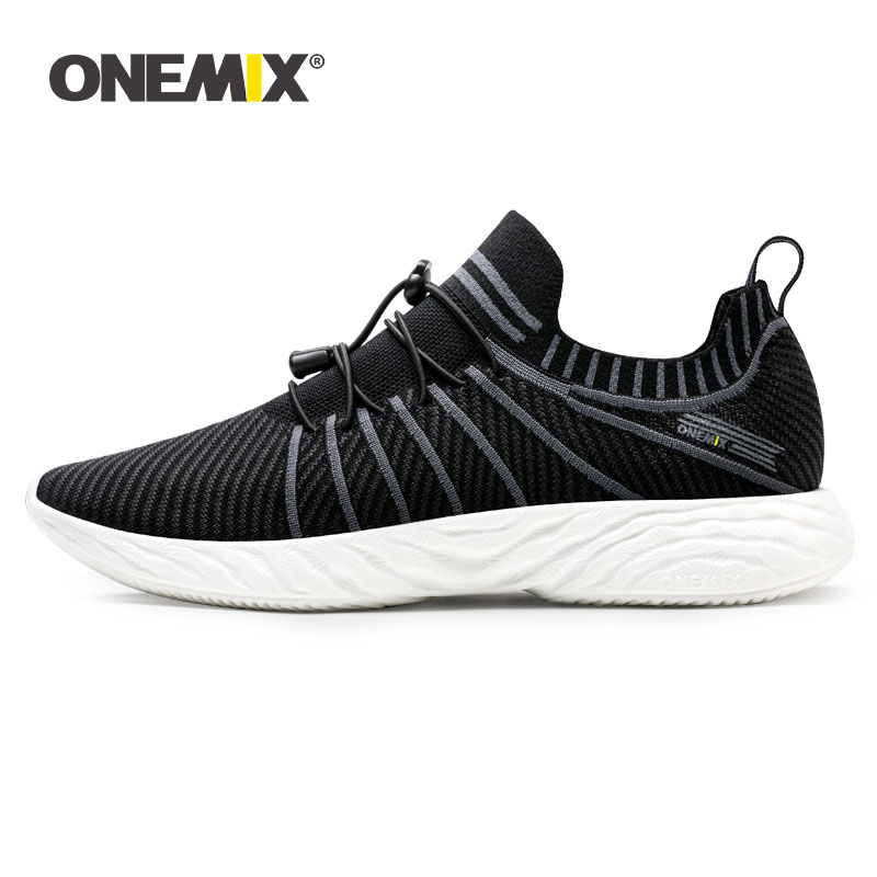 ONEMIX Men Retro Running Shoes 2020 Knitted Vamp Sneakers Light Breathable Men Vulcanized Shoes Outdoor Jogging Walking Trainers