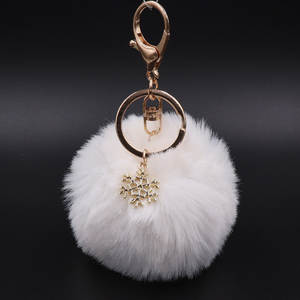 Big Snowflake Pendant Faux Rabbit Fur Ball Keychain Handbag Ring Plush PomPom Key Chain Ornament Pom Pom Charm Cute Keychain
