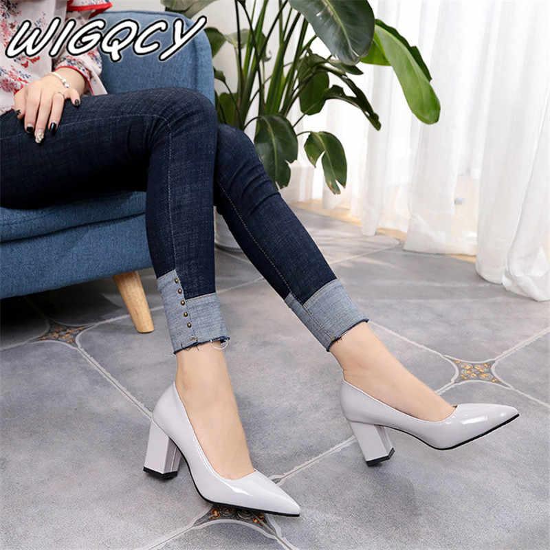 2019 Phụ Nữ của Giày Cao Gót Gợi Cảm Cô Dâu Đảng giữa Gót mũi Nhọn Dẹt Cao Gót Giày Nữ giày Nữ lớn kích thước 35-43