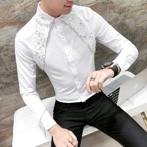 Image 4 - Sıcak erkek gömlek Slim Fit uzun kollu 2020 bahar smokin gömlek erkekler seksi dantel Patchwork rahat parti elbise gömlek Mens siyah/beyaz