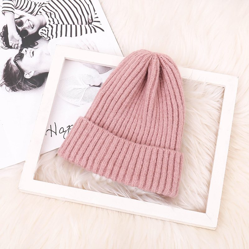 New Womens Winter Warm Wool Knitted Hats Autumn Fashionable for Men Women Hat Unisex Wholesale