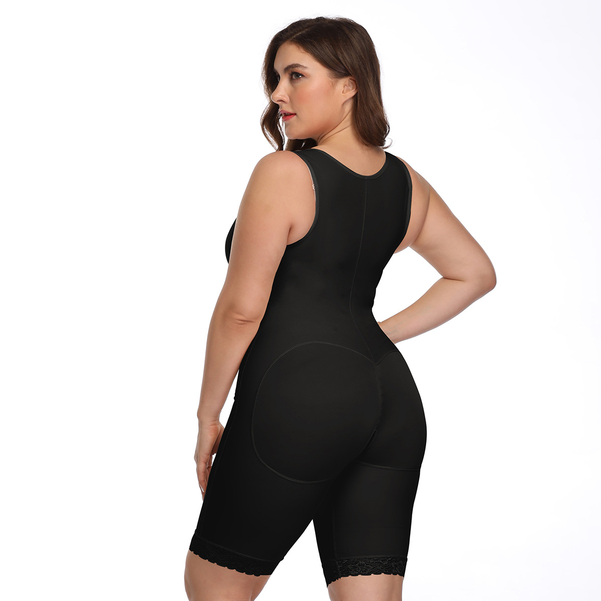 The materials is breathable. No itching! Comfortable. Back support