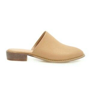 Image 2 - Sandalias planas informales elegantes para mujer, zapatillas bajas de talla grande 48, de marca de diseñador, para verano, color negro