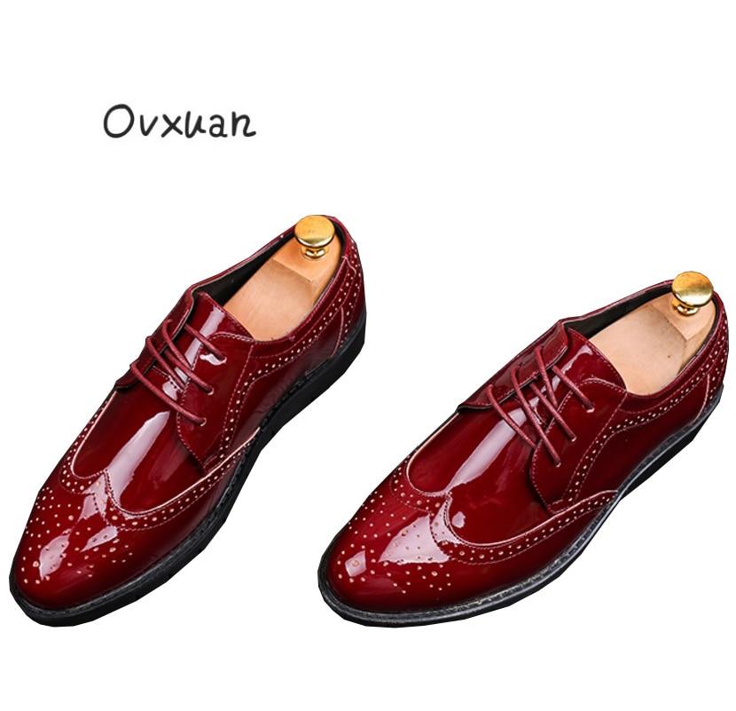 À Sapatas Ocasional Casamento Mão Italiano vermelho Formal De Feitos Do Oxford Preto Negócio Vestido Homens Ovxuan Vermelha Esculpida Sapatos Couro Dos Masculinos Patente Escritório Brogue WBnYqRUT
