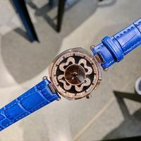 Yeni varış marka kadın kristalleri iplik saatler iyi şanslar hediye kol saati su geçirmez deri kayışlı saat dört yapraklı yonca
