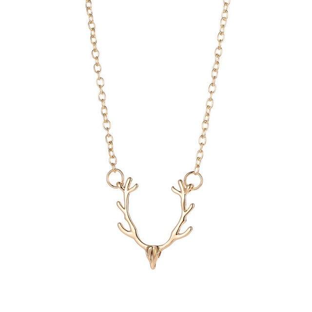 Фото модное ожерелье с подвеской в виде рогов на длинной цепочке