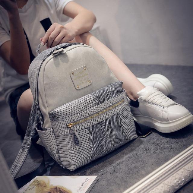 famous brand 2016 Serpentine women backpack Rivet travel leather backpack female fashion school bags for teenage girls mochila