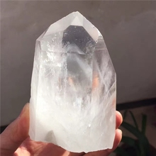 Natural gray ghost Melaleuca stone pillars in Pyramid Yinshan / white crystal stone pillars / physical beauty