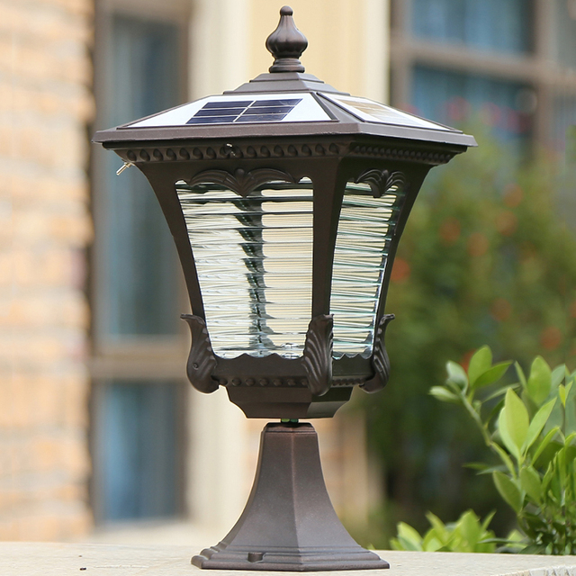 Retro Por Solar Lights Waterproof Lanterns Headlights Residential Community Pillar Light Outdoor Villa Countyard Garden Lamp